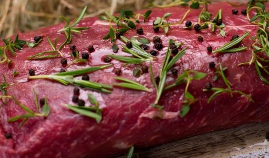 Вот как следует готовить любое мясо. Добавьте секретный ингредиент для мягкости!