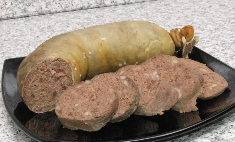 Печеночная колбаса домашняя: порадовать себя и близких изумительным вкусом