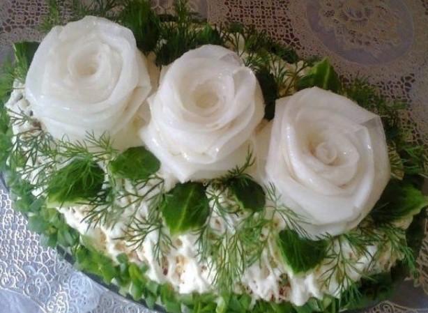 Салат *Три белых розы*