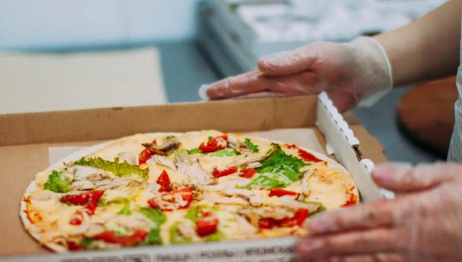 Доставка пиццы Momento Pizza